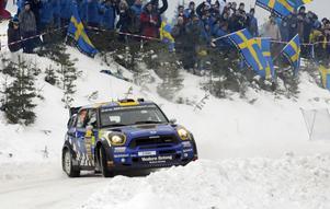 Patrik Sandell, debutant i WRC, kom åtta i en Mini.