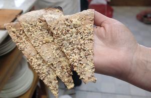 Lymla gött heter de här brödet som kommer från Lillemors bak i Söräng. Inte Lillemors kroppsliga bak förstås.