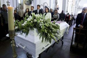 I Sinaloa de Leyva, en liten stad i nordvästra Mexiko, hölls i februari 2013 begravningsceremoni för