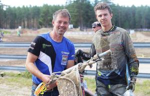 Erik och Alvin Östlund, pappa och motocrossess från Segersta, toppade i Årsundas SM-tävling.