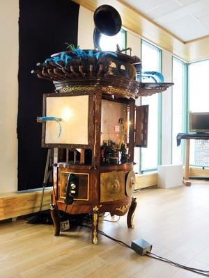 AJNA, en interaktiv elektromekanisk ljudskuptur som kommer att uppträda med orkestern Originaljudet på Kulturnatta i Sandviken på lördag.