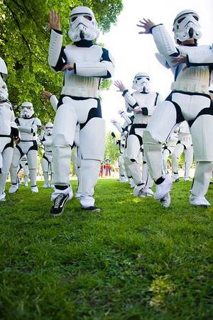 NVSP07 från Rudbeck uppträdde utklädda till stormtroopers.