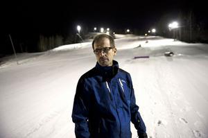 Thomas Lövkvist, ansvarig för backen i IK Falun Alpin ser fram emot att ha hela familjebacken klar inom en vecka.