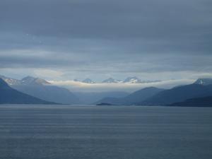 Vi åkte Hurtigrutten mellan Trondheim och Bergen. Det var otroligt vackra vyer utmed den norska kusten.