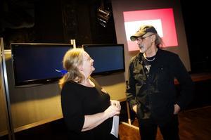 Kulturstrategen Bettan Edberg och konsulten Torbjörn Johansson presenterade i går en förstudie för ett virtuellt kulturhus.