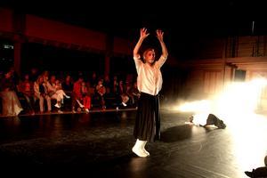 Känslorna varierade i föreställningen, från extas och lycka till ilska och slutligen ömhet.