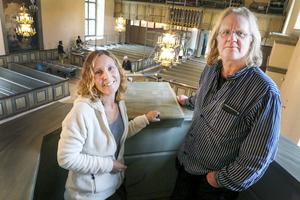 Konservatorerna Eva Körberg och Lennart Kristiansson fick uppdraget att renovera Ragunda nya kyrka, och båda intygar att det har blivit en märkbar skillnad sedan arbetet inleddes.