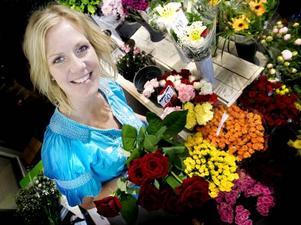 SÖKER KÄRLEKEN. Madelene Broman som har butiken Blomster rum i Sandviken är med i TV3:s program