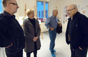 Peter Nyman, längst till vänster, är en av fem som driver Lust och Lära. Han samtalade med bland andra Birgit och Lennart Wesström och John Ohlis.