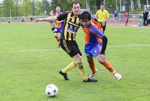 Dido Hussein gjorde sitt 14:e mål när Bollnäs höll segersviten borta mot Korsnäs.