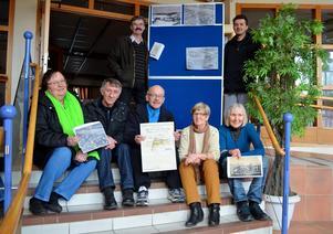 Här är några av lokalforskarna i Sörberge: Stående: Jonny Torvaldsson och Sami Stakic. Sittande från vänster: IngaSara Cardell, Lajos Dobos, Gunnar Sidfeldt, Kerstin Bååth och Carin Österström.