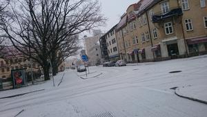 Snöfall över Väster i Örebro.