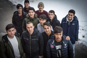 Främre raden från vänster: Alireza, Seyed Mahadi, Tamin och Sajjad. Mellersta raden: Amir, Yakub, Omid och Ismael. Bakre raden: Reza, Dawran och Jarad.