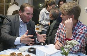 Jörgen Sundin, reporter på allehanda.se, fick en pratstund med Stefan Löfven också. Löfven kom mycket väl håg när allehanda.se avslöjade att han skulle bli partiledare.– Vi hade mycket roligt åt det, säger han.