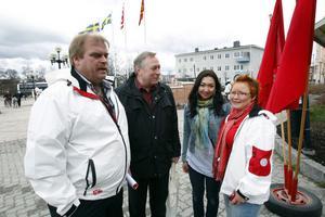Riksdagsledamoten Roland Bäckman, förre LO-basen Bertil Jonsson, Feriba Mohammed och Malin Ängerå, Barn- och utbildningsnämndens ordförande samt dagens konferencier, deltog i förstamajfirandet.