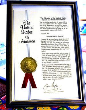 Det finns patent på Astrids vårtmedel i flera länder, bland annat i USA.