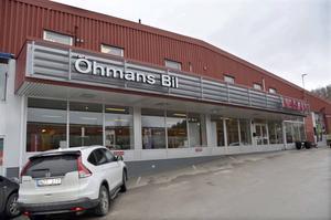 Öhmans bil på Norra vägen i industriområdet vid Övre Bosvedjan har haft inbrott.