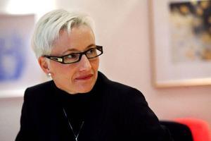 """Länsstyrelsen tog kontakt med finansdepartementet innan Pia Sandvik Viklund började som länsråd. Men då inget hänt har hon tagit ny kontakt.""""Som sagt, jag ser det som en ren formalitet. Men det är vi, länsstyrelsen, som tar den ekonomiska risken"""", säger Pia Sandvik Viklund. Foto: Henrik Flygare"""