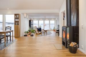Utgångspriset för villan i Härke, Frösön, är 6 800 000 kr. Foto: Tobias Nykänen, Husfoto