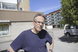 Risto Seppänen, 53, Keminmaa, byggarbetare: Jag använder mest kontanter när jag är utomlands.