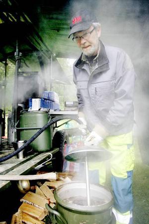 K.G Wikström håller ställningarnai trossen där kaffet har en central betydelse.