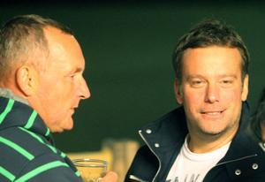 Per Hedqvist och Svenne Olsson diskuterade hellre bandy.