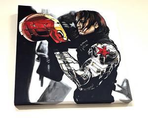Den rumänsk-amerikanske skåderspelaren Sebastian Stan har gett tummen upp för Jeanette Gustafssons målning av honom i rollen som Winter Soldier.