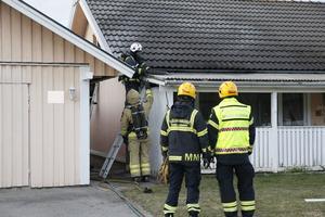 Räddningstjänsten sökte efter brandhärden innan branden kunde släckas.