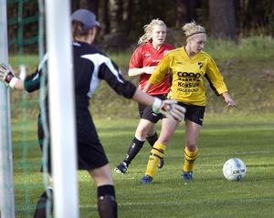 Linnea Persson slet hårt i Enångers anfall.