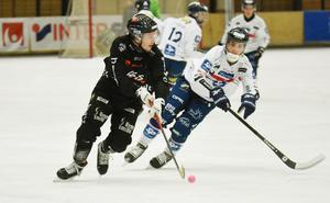Niklas Eriksson gjorde sitt första elitseriemål i Tillberga-tröjan.