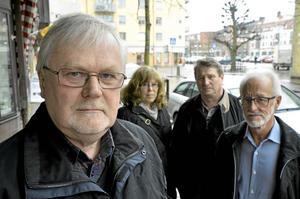 Författaren Thomas Dahlqvist hoppas på att hans bok nu även kan bli film. Till sin hjälp har han Pia Segerlind som varit hans bollplank under skrivandet av boken och nu också från filmbranschen Thomas Rogerr och Olle Unnerstad.