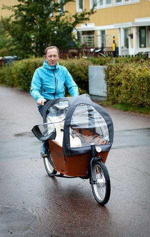 Christian Van Dartel gillar att cykla. Men om cykelvägnätet i Borlänge tycker han