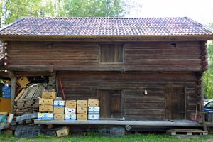 Det gamla stallet flyttade Leif och Eva till Drevdagen och när de flyttade till Hansjö tog de huset med sig.