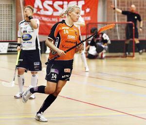 Blågult. Alexandra Högberg är en av tre Rönnbyspelare som ska lira student-VM i slutet av maj. Foto: Arkiv