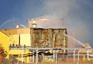 Branden på Arizona Chemical för en vecka sedan vållade skador för preliminärt 15 miljoner kronor. Självrisken är fem miljoner kronor.