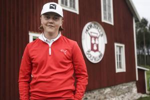 Snart 17-årige Nils Jacobsson debuterar i Hudiksvalls division 1-lag.