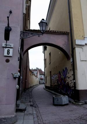 MYSIGA GRäNDER. Längs Piliesgatan i gamla stan finns många trevliga restauranger och uteserveringar