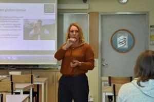 Johanna Jaara Åstrand är bosatt i Järved men arbetar sedan 2014 i Stockholm som förbundsordförande för Lärarförbundet.