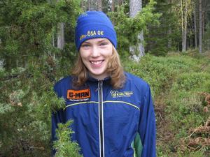 Topptalangen Tove Alexandersson förstärker Alfta-Ösa i skidorientering.