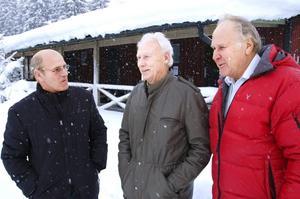 Drivande. Stig Fjelling, Arne Widén och Malvin Fröyseth är tre drivande krafter i Högfors byalag. De hade alla viktiga uppgifter när EU-projektet genomfördes 1998-2000.   BILD: INGVAR SVENSSON