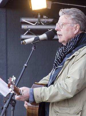 Mikael Wiehe har tidigare uppträtt under Socialdemokraternas förstamajfirande i Dalarna. Foto: Mikael Forslund