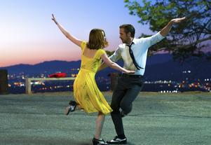Emma Stone och Ryan Gosling i en scen från