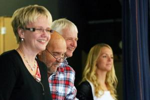 Den avslutande kupletten sitter snart som handsken, fr v Karina Matsson, KG Gustavsson och Ingvar Fors