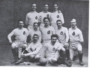 Nog ser de helvita ut, GIF-dräkterna från 1905.