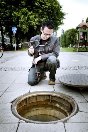 Per Samuelsson har sysslat med musik sedan sex års ålder. I dag är han en del av duon Moneeo.