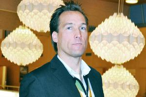 Patrik Byström, fritids- och kulturchef i Härjedalen, slår tillbaka mot kritiken att han saknar kompetens.