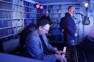 Weeping Willows spelade lunchkonsert på Sigges bar och bistro.