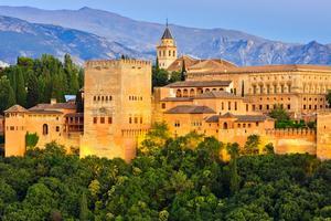 Alhambra i Granada. Inte samma sak som Grenada i Karibien.
