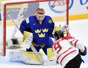 Felix Sandström storspelade i målet mot Kanada när Juniorkronorna vann.