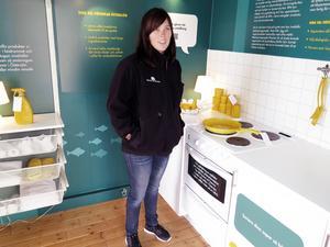 Elinor Fredriksson från Hållbara Hav gav tips till besökarna hur de kan minska sina egna utsläpp i Östersjön.